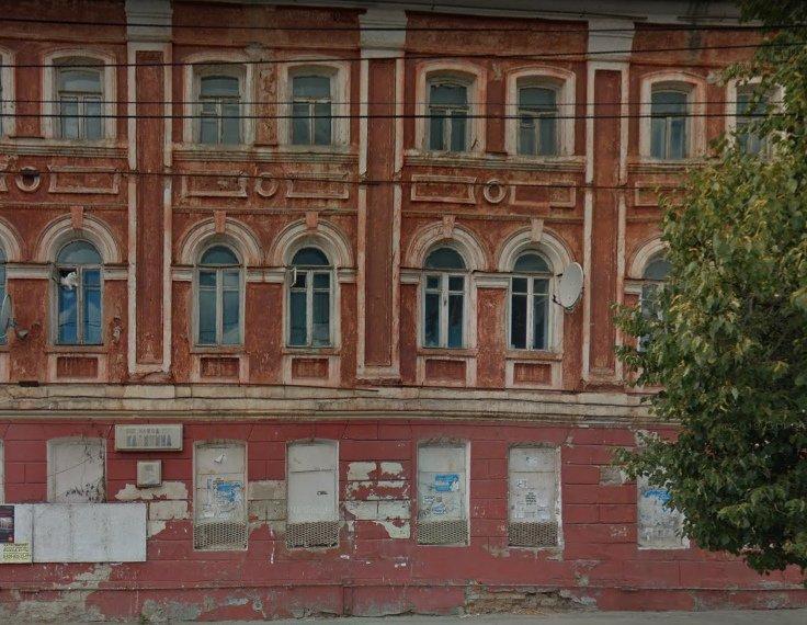 В Брянске чиновники предложили жильцам аварийного дома капремонт вместо расселения