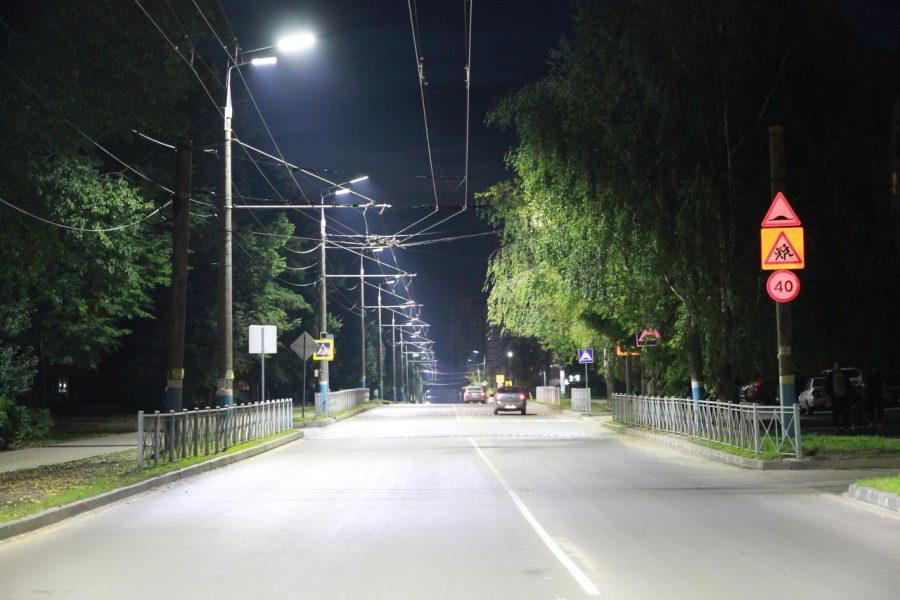 В Брянске на освещение улиц потратят около 100 миллионов рублей
