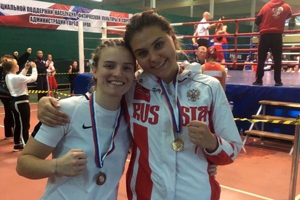 Брянская студентка провела самый красивый бой на турнире по боксу