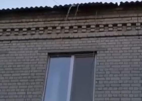 В Брянске сняли на видео «горячий» потоп в детском саду «Подснежник»