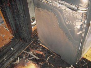 В брянском посёлке Дубровка загорелся холодильник в магазине