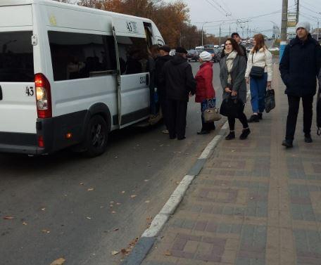 Жители Второго Брянска мечтают об автобусе до Кургана Бессмертия