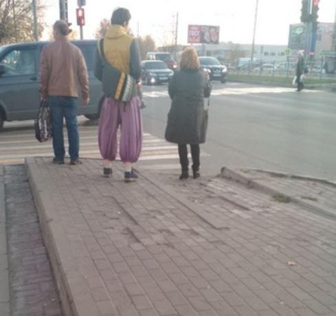 В Брянске на фото сняли «Аладдина» в кроссовках