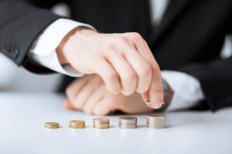 Брянск оказался в аутсайдерах рейтинга городов по уровню зарплат