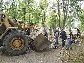 Жители Клинцов хотят видеть обновленным парк имени Воровского