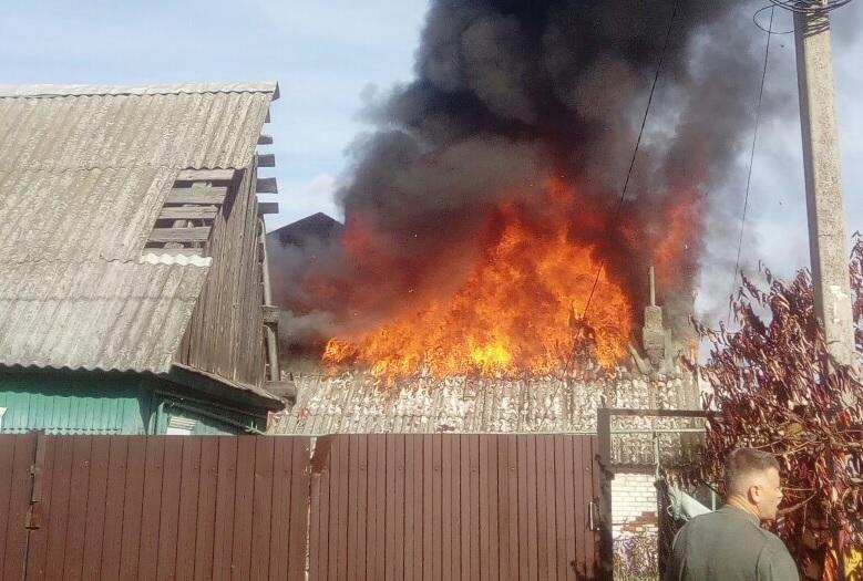 В селе под Стародубом сгорел нежилой дом