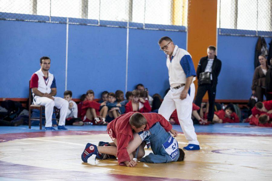 Брянские борцы стали лучшими на гимназиаде в Орле