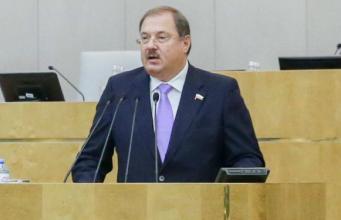 Брянский депутат Борис Пайкин добивается выделения денег на детей-сирот
