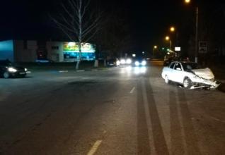 В Дятьково столкнулись две легковушки: пострадали 5 человек