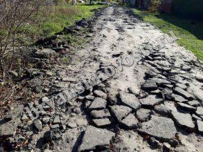 В Новозыбкове переулок Высокий после благоустройства стал непроходимым
