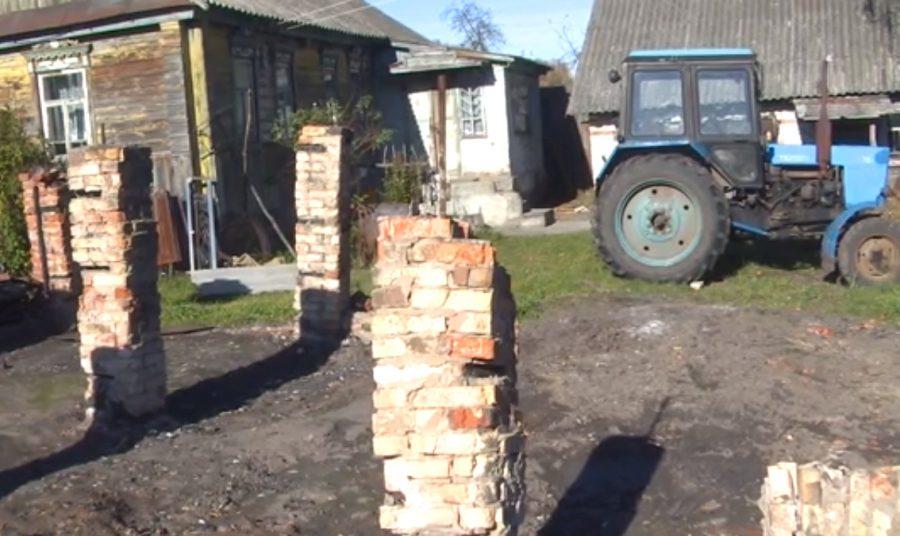 В брянском селе 20-летний парень из зависти сжег трактор и комбайн родственника