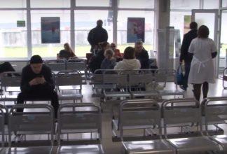 Брянский аэропорт утомил пассажиров задержавшегося самолета