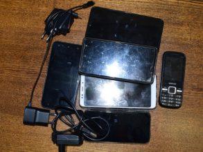 В две брянские колонии пытались перебросить девять мобильников