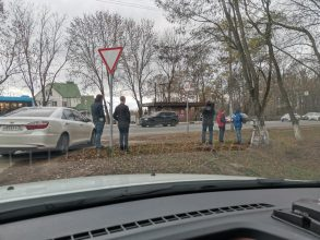 Брянские активисты взяли в оборот владельца скрытой фотоловушки
