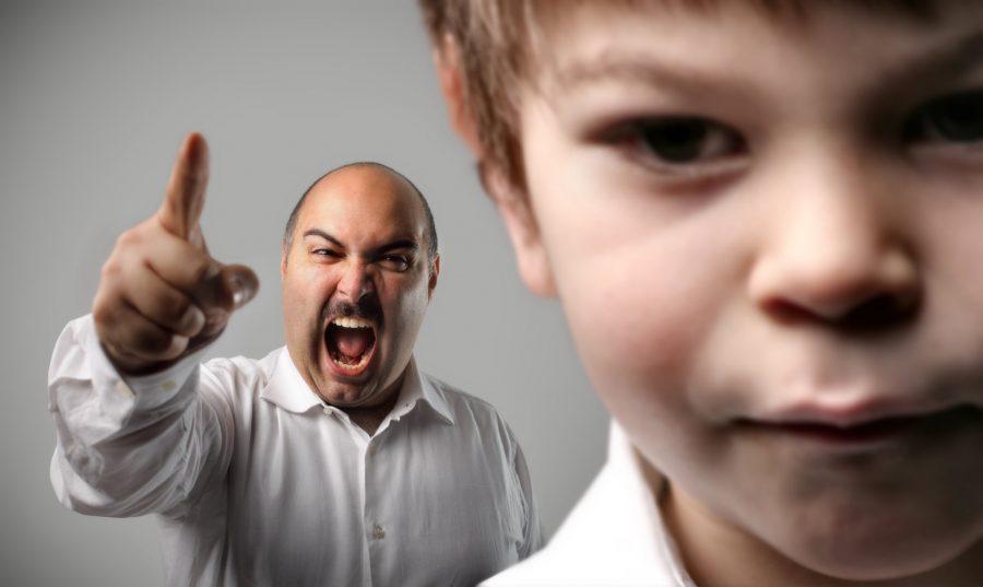 Брянским родителям пригрозили штрафами за курящих детей