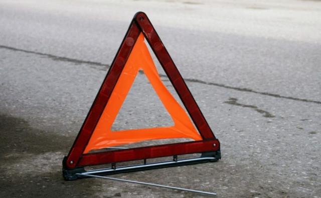 В Брянске на проспекте Московском водитель иномарки врезался в маршрутку