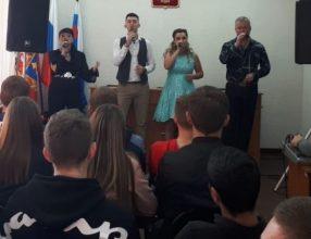 Брянских музыкантов отправили в воспитательную колонию