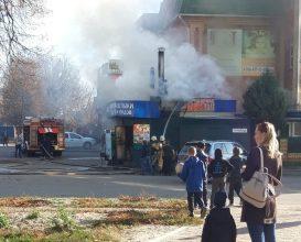 В Бежицком районе Брянска сгорела шашлычная