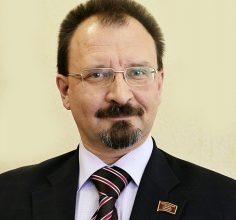 Брянец Владимир Володин борется за звание лучшего заместителя главврача в стране