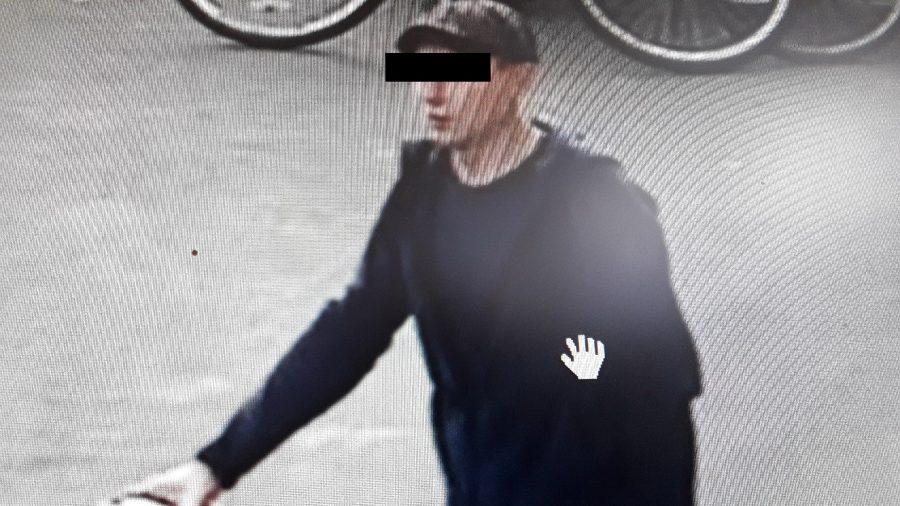 Жителя Стародуба попросили оплатить украденную обувь