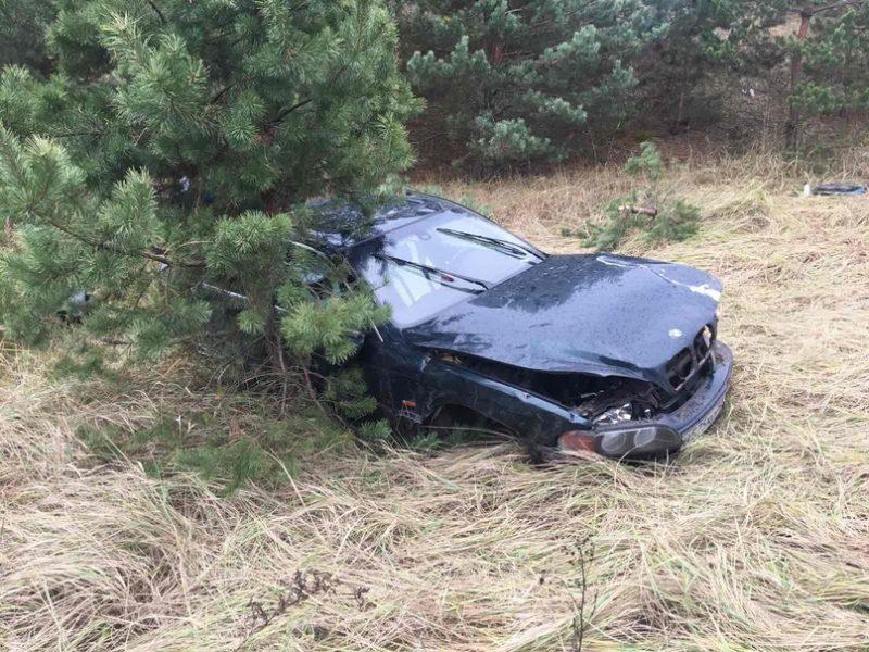 Под Брянском перевернулся BMW: ранен 30-летний водитель