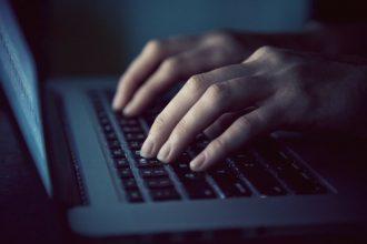 Брянцы второй день не могут записаться к врачу через интернет