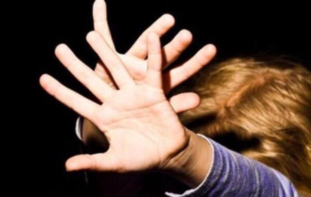 Соцсети: В Брянске пьяный мужчина напал на ребенка