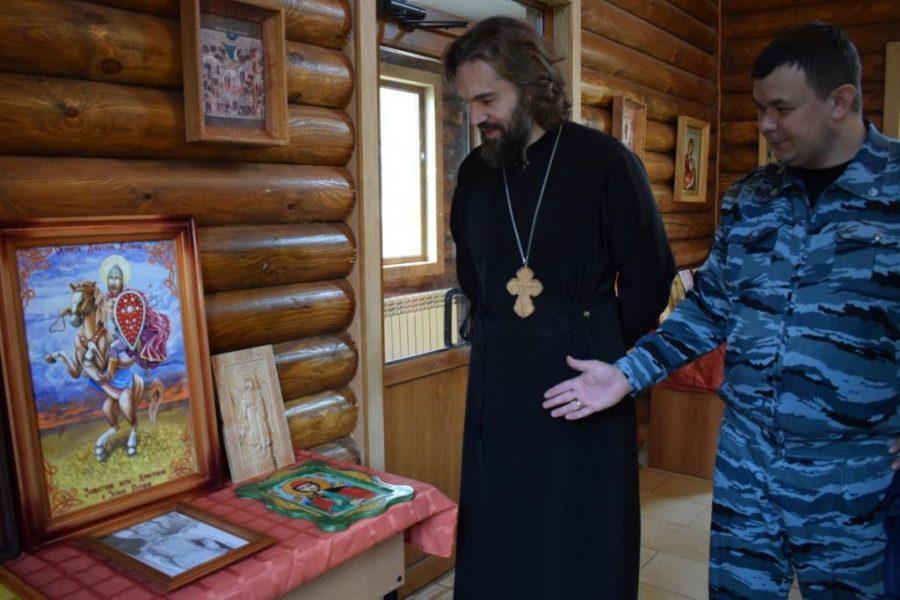 Написанные брянскими зэками иконы отправят на всероссийский конкурс