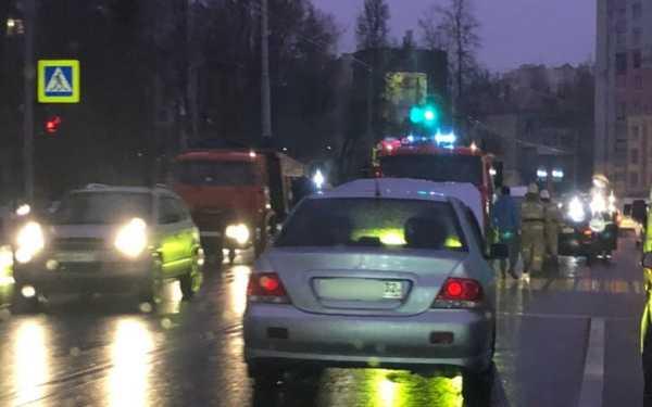 Брянск встал в огромной пробке из-за ДТП на улице Дуки