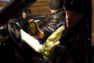 В Брянске на улице Дзержинского устроят облаву на пьяных водителей