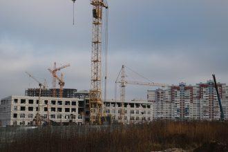 В Брянске продолжается строительство новой школы на старом аэропорту