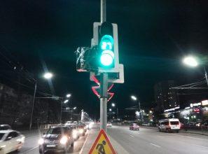 В Брянске запрет поворота с Объездной на переулок Пилотов назвали временной мерой