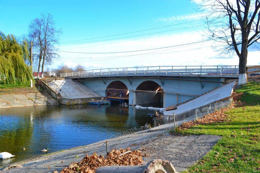 В Новозыбкове исчезли взявшиеся ремонтировать мост подрядчики