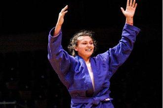 В Брянске стала мастером спорта международного класса самбистка Зайкина