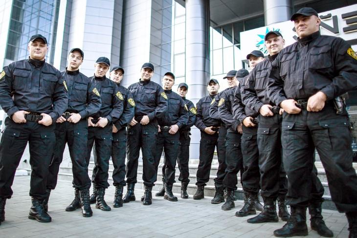 Брянские ЧОПы оштрафовали за задержку зарплат охранникам