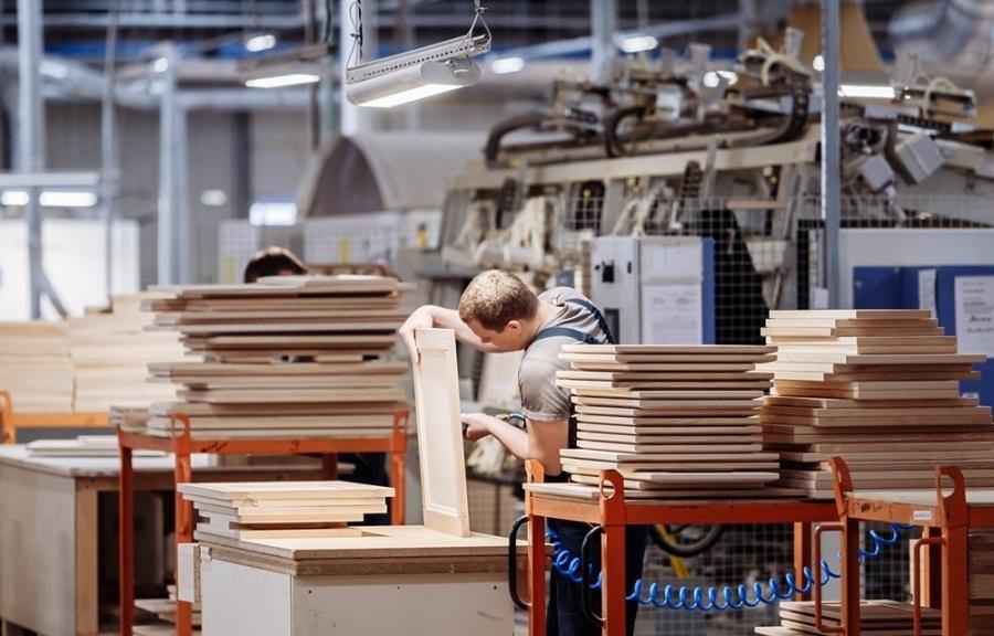 В Брянске сборщикам мебели забыли рассказать о безопасности
