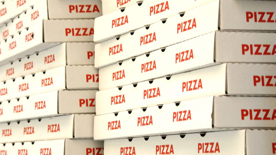 В Брянской области превращают макулатуру в коробки для пиццы
