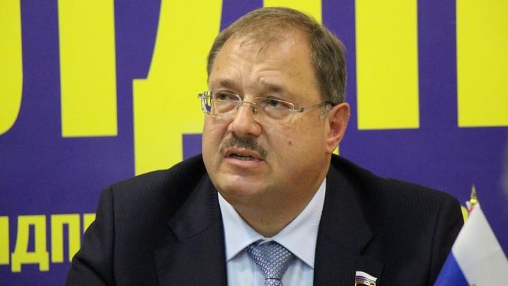 Брянский депутат Пайкин высказался за закрытие микрофинансовых организаций