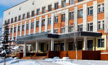 «Хлиманков животворящий»: в Брянской больнице №2 обновляют лифты