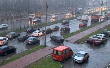 Массовая авария произошла на Станке Димитрова в Брянске