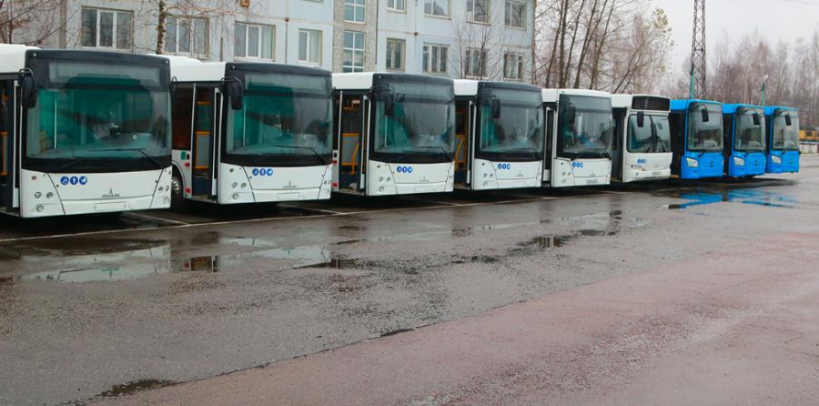 В Брянске автобусы за сутки перевозят 70 тысяч пассажиров