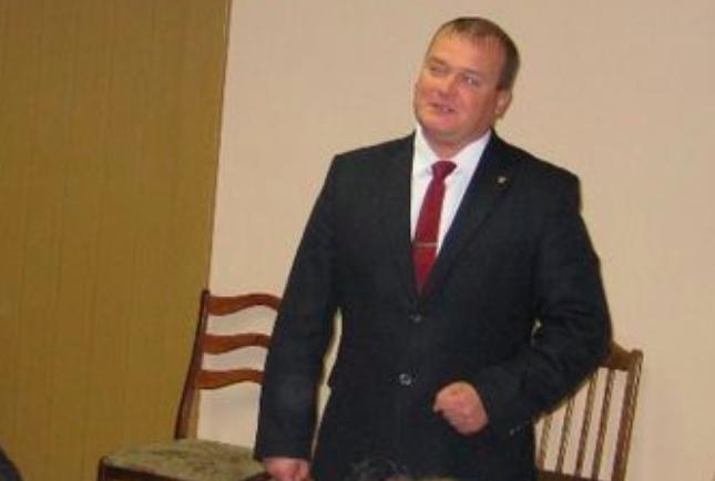 Брянский чиновник Шаров из-за взятки не сможет получить диплом