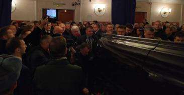 Брянский губернатор приехал проститься со Степаном Понасовым
