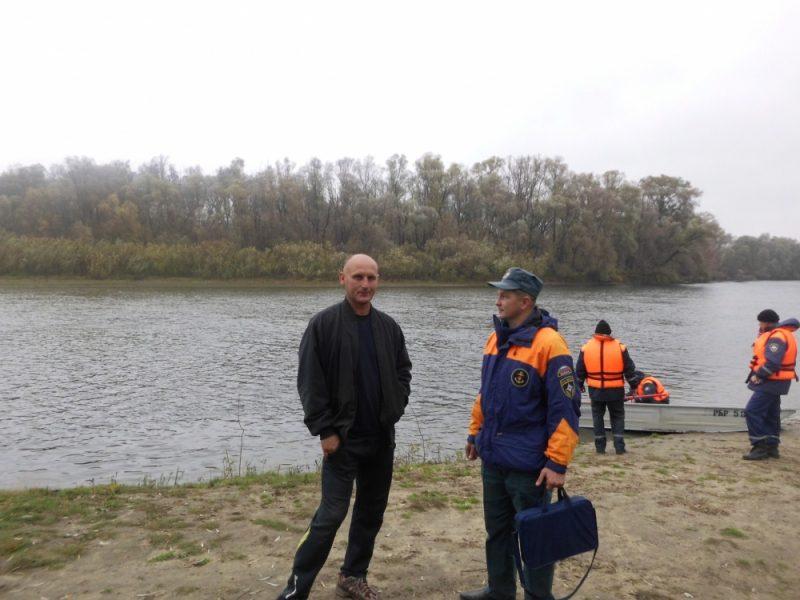 На Брянщине сотрудники МЧС отправились в рейд по водоемам