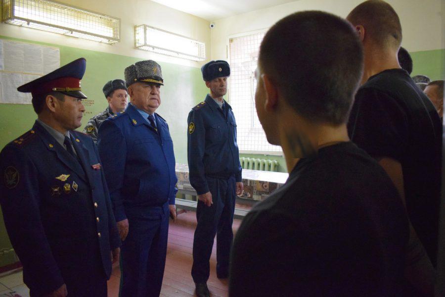 Брянский прокурор Войтович проверил работу СИЗО