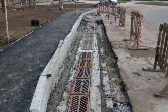В Брянске на переулке Пилотов завершается строительство ливневки