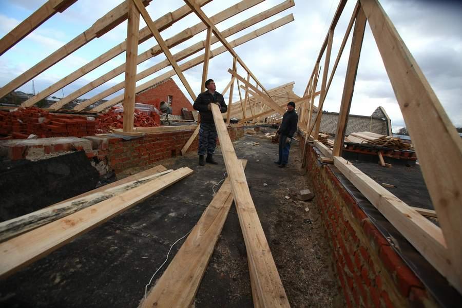 В Унечском районе отремонтировали крыши школ и детских садов