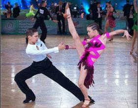 Брянские танцоры «Фантазии» привезли россыпь наград с двух конкурсов