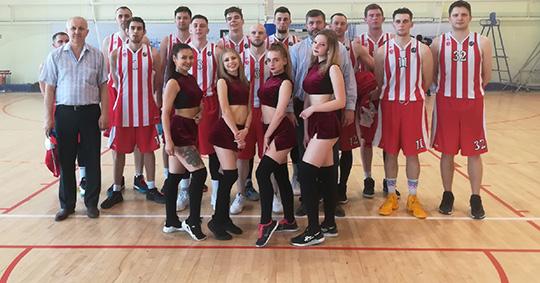 Брянские баскетболисты дважды обыграли соперников из Твери