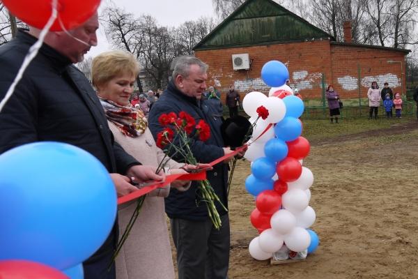В брянском селе открыли Сквер Памяти